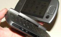 HTC Omni compatto di carattere