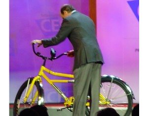 La bici Motorola ricarica i cellulari
