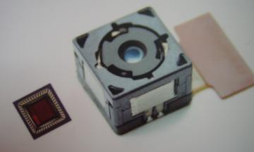 Omnivision: moduli cellulari da 5 megapixel