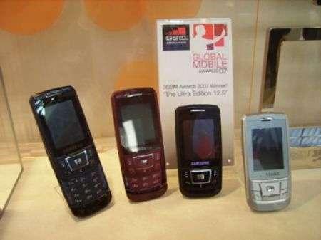 Le meraviglie dello stand Samsung al 3Gsm 2007