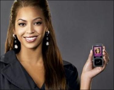 Samsung Ultra Music F300 con Beyoncé Knowles