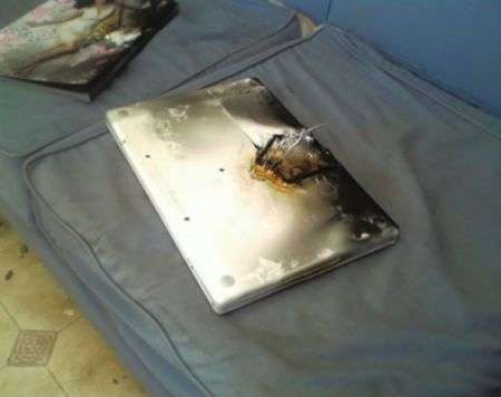 Apple Macbook prende fuoco!