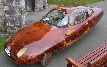 Tyrane II una nuova auto di legno