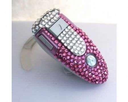 Blinged Obsession: Motorola diamantato