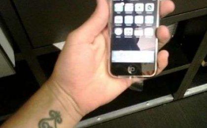 Iphone: prime foto dagli utenti