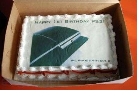 Ps3 compie un anno, ecco la torta