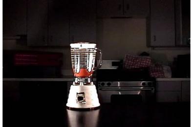 Blendie 2000: urla e il frullatore accelera!