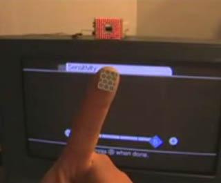 Inganna il wiimote con le dita