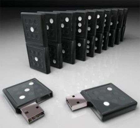 Domino Flash Drive