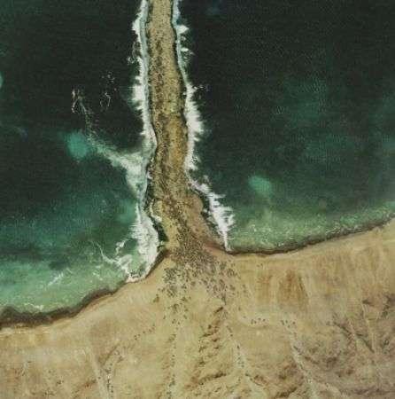 Glue Society: Episodi Biblici come se visti da Google Earth!