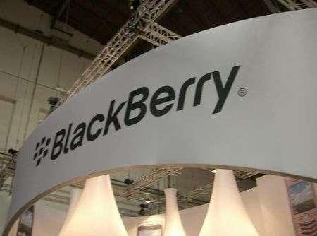 Blackberry 8110 e stand al MWC 2008