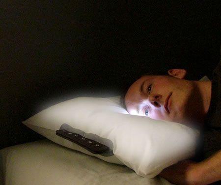 Cuscino che ti sveglia con la luce