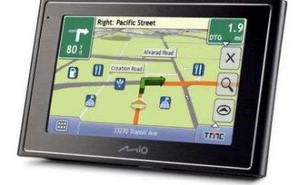 Mio Moov 200, 210, 300 e 310, nuova serie di navigatori GPS