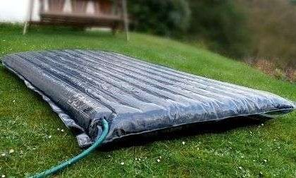 Pannelli solari gonfiabili per riscaldare l'acqua gratis
