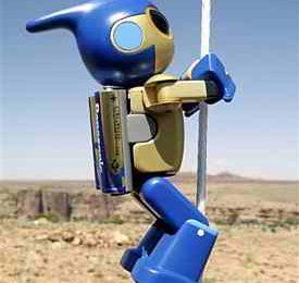 Evolta Robot scala il gran Canyon