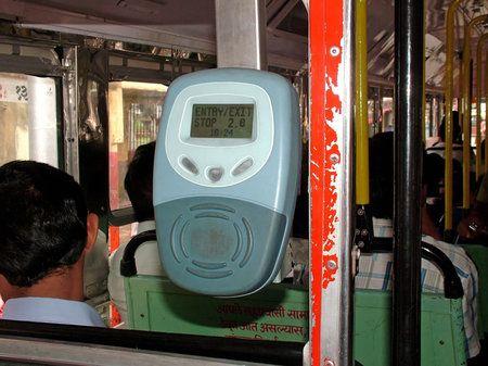 Bus a Mumbai: sistema di pagamento basato su Linux