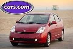 Toyota Prius è l'auto più cercata sul web