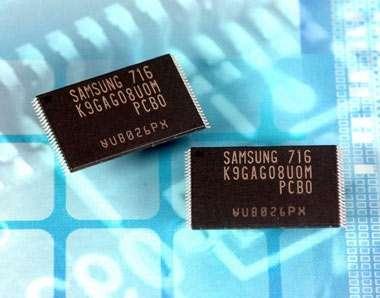 """Apple a Samsung """"Voglio 50 milioni di chip Nand"""""""