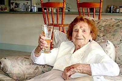 Scomparsa Olive Riley, la blogger più anziana del mondo
