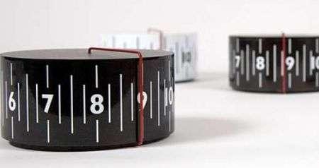 Around About Clock: orologio a rotella