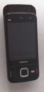 Nokia N85 in due versioni