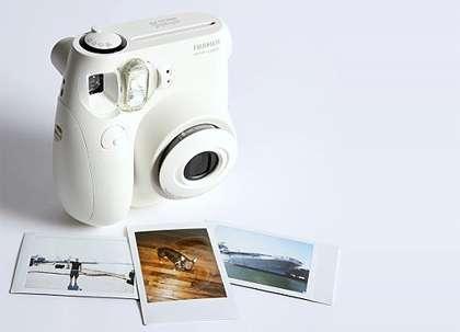 Fuji Instant Camera Mini7