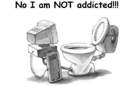 Internet Addiction: il 10% naviga anche in bagno!