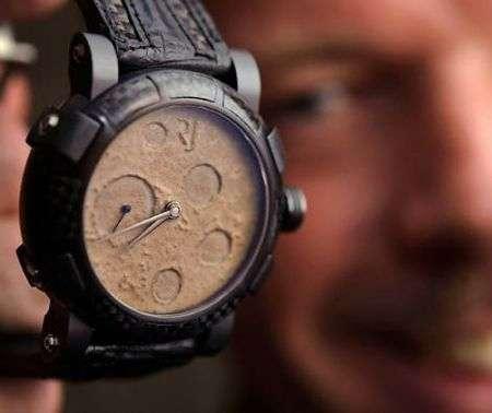 Moon Dust-DNA: orologi con polvere lunare