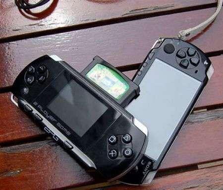 PSP Clone emulatore NES!