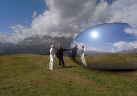 Ross Lovegrove e la capsula alpina