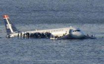 Video Aereo US Airways caduto a New York
