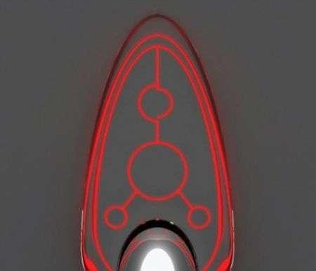 B-IRON 725: il ferro da stiro trasparente