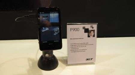 Acer F900: il debutto tattile