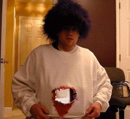 Carnevale 2009: il costume più inquietante