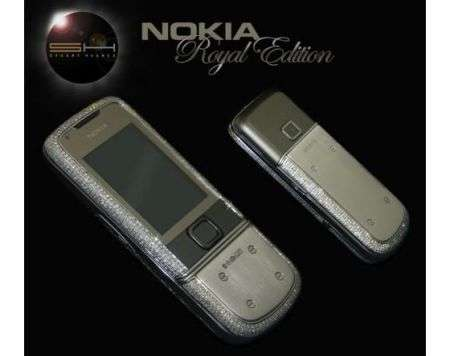Nokia Royal con platino e 1160 diamanti