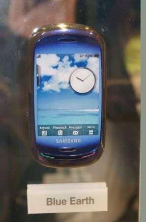 Samsung Blue Earth e i caricabatterie ecologici
