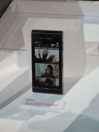 Sony Ericsson Idou: 12 megapixel e touchscreen!