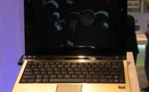ASUS Eee PC E1004DN Netbook