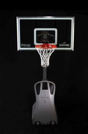 Spalding iHoop: basket docking station per iPod