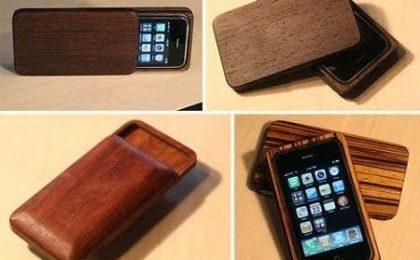 iPhone case in legno
