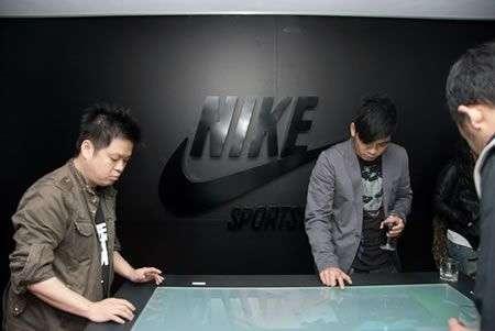 Nike Tavolo Multitouch interattivo