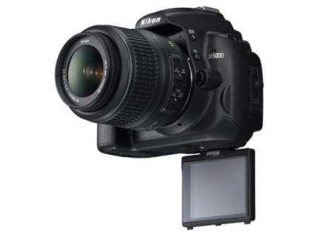 Nikon D5000 con LCD snodabile