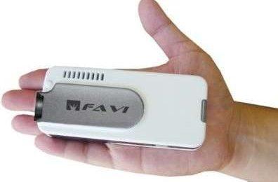 FAVI PJM-1000 Mini Projector