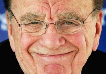 """Murdoch """"uccide"""" l'informazione online gratis"""