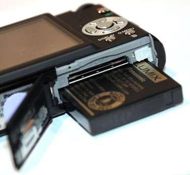 Panasonic blocca batterie non autorizzate