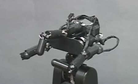 Mani robotiche precisissime