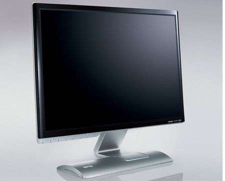 BenQ V2200 Eco: primo monitor 21.5″ wide LED