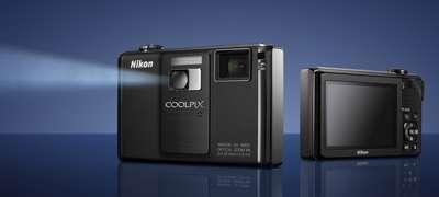 Fotocamera Nikon Coolpix S1000pj con proiettore!