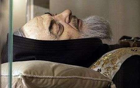 Statua gigante di Padre Pio a energia solare?