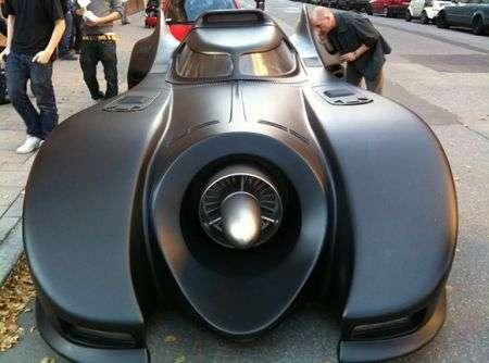 Batmobile: replica perfetta apparsa a Stoccolma
